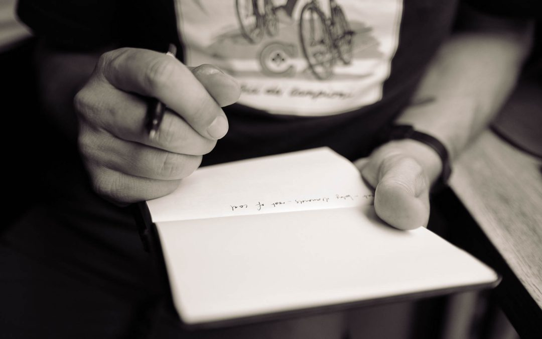 Painting with Words : Creative Writing with Older Adults